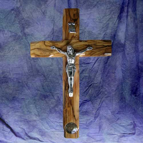 olive_wood_cross_with_holy_land_soil